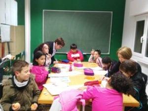 Proyecto de apoyo escolar La Escuelita de la Villana   Centro Social La Villana de Vallecas   Puente de Vallecas   Madrid   ¡Colabora y apoya!