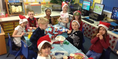 Year 2 Rocking Around the Christmas Tree!