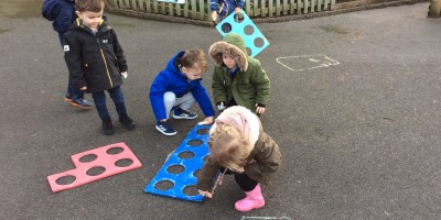 Using Numicon To Learn about Numbers