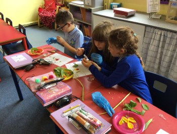 Flower Dissection in Year 3