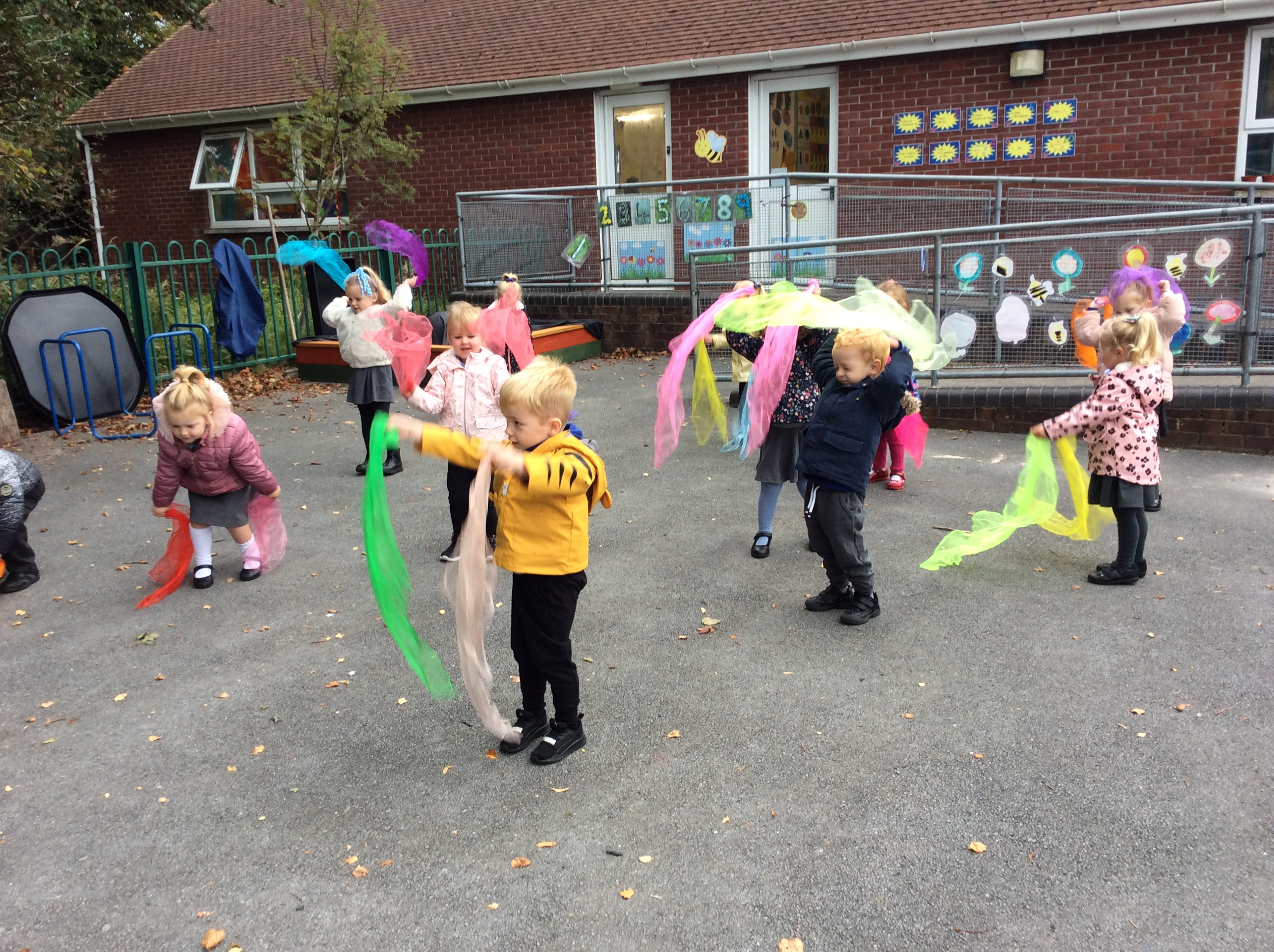 Nursery – Squiggle Whilst You Wiggle!