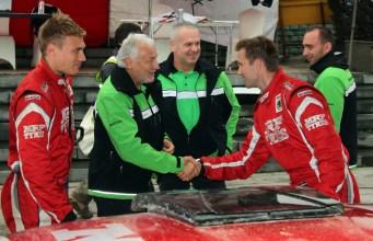 03CR15 - Parvel and Emil shake hands - APSM