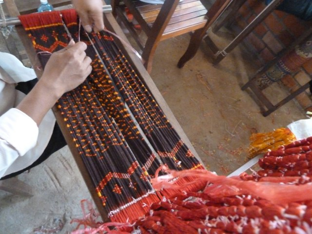 Tying the Slk to Develop the Intricate Ikat Patterns