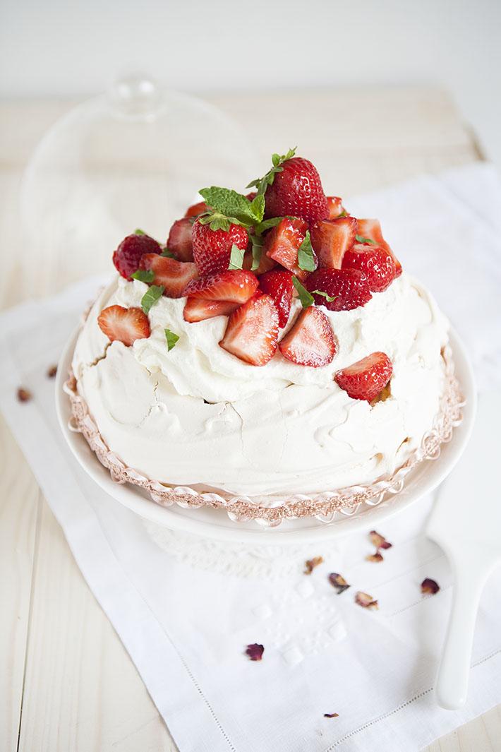 recette_pavlova_fraises_rhubarbe_3