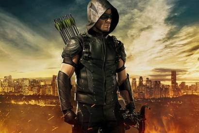 Stephen Amell will now be known as Green Arrow!