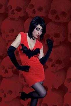 Vampirella #6 - Virgin Variant Cosplay Cover