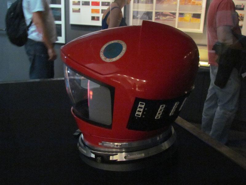 2001-helmet