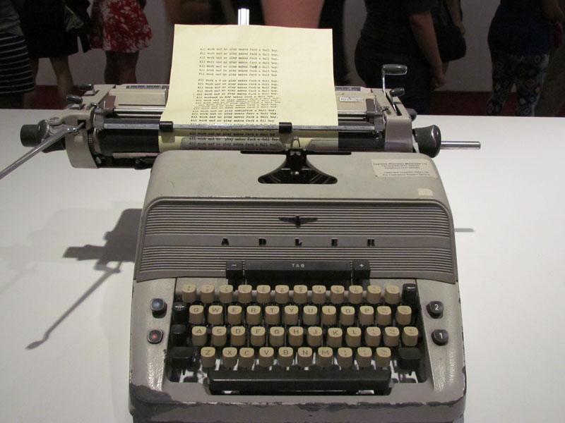 shining-typewriter