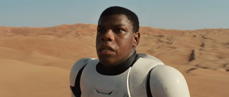 Stars-wars-vii-the-force-awakens-official-trailer-1129-1