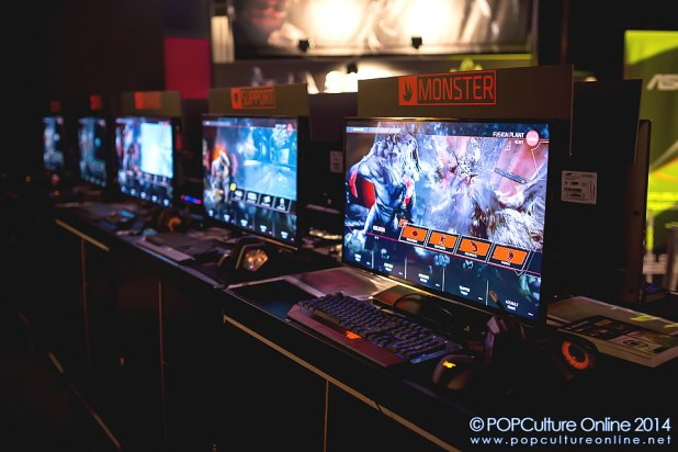 GameStart 2014 - 2K Asia Booth Evolve Monster