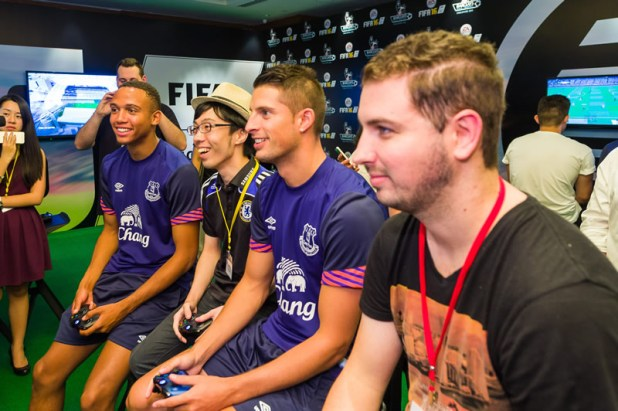FIFA 16 Hands On Preview Event Producer Matt Prior 04