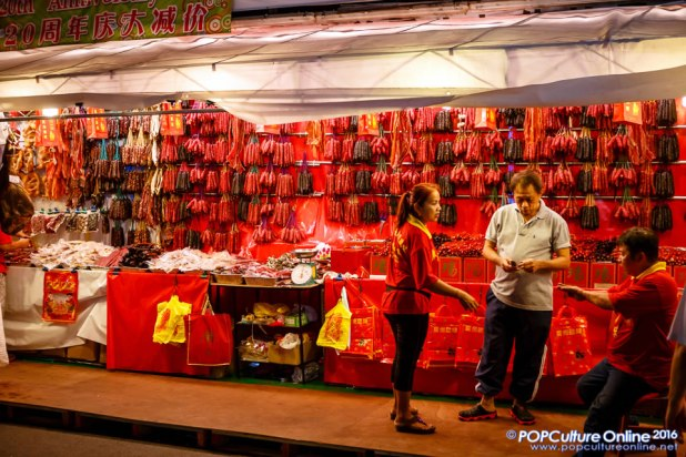 A Trip to Chinese New Year Street Bazaar at Chinatown Singapore 2016 Photo 08
