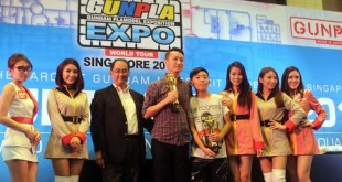 Meijin Kawaguchi, Benjamin Wong and Gregg Tey on stage at the Singapore leg of the Gunpla Builders World Cup 2016.