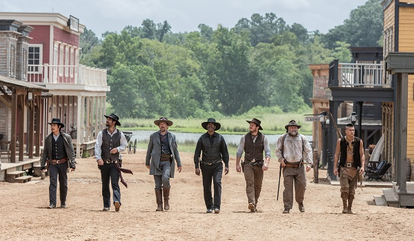 (l to r) Byung-hun Lee, Manuel Garcia-Rulfo, Ethan Hawke, Denzel Washington, Chris Pratt, Vincent D'Onofrio and Martin Sensmeier in Metro-Goldwyn-Mayer Pictures and Columbia Pictures' THE MAGNIFICENT SEVEN.