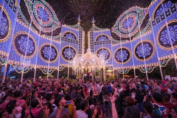 Christmas Wonderland - Blizzard Time