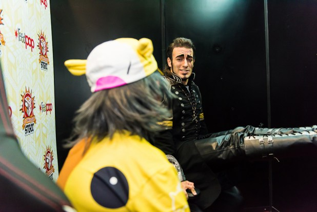STGCC-2017-Interview-Cosplayer-Leon-Chiro-02