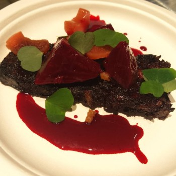 Philipp Rachinger - Black pudding, rabarbaro, barbabietole, acetosella