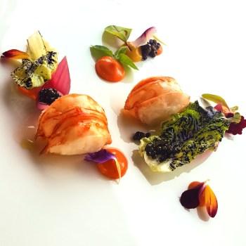 Aragosta alla brace, caviale, papaya, maionese