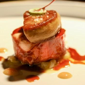 Suprema di faraona, frutta secca, foie gras, dente di leone