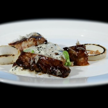 Pesce, malto fermentato, mozzarella di bufala, aglio