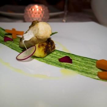 Lombo di coniglio, salsa di ortica, purè