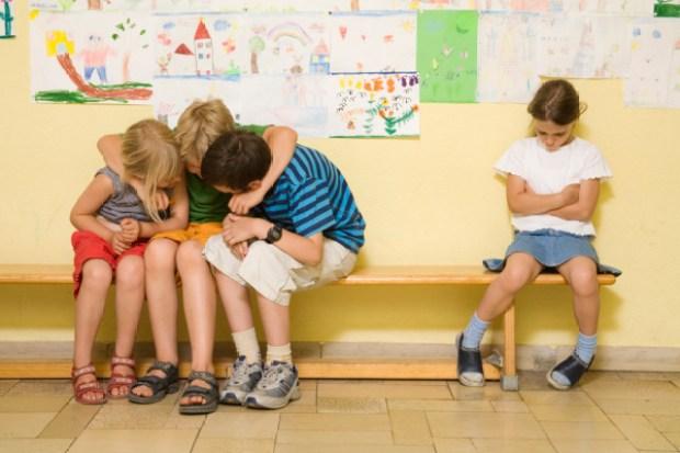 crianças isolamento por depressão