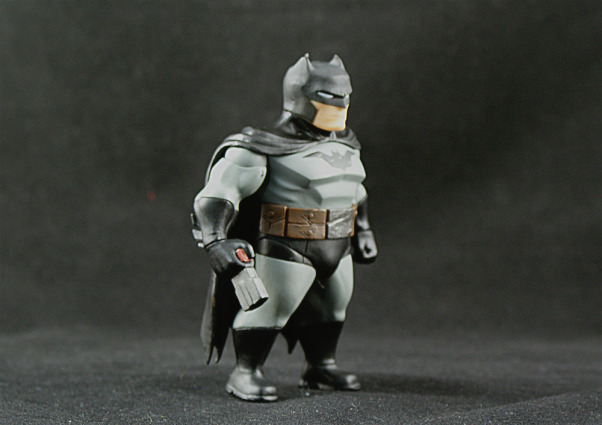dc-collectibles-lil-gotham-batman-15.jpg