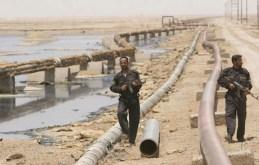 Due mercenari a protezione di un oleodotto nel nord dell'Iraq.