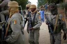 Soldati dell'esercito del Mali.