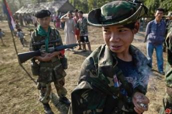 Bambini-soldato dell'Unione nazionale dei Karen.