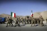 Soldati italiani all'interno di un forte nel nord-est dell'Afghanistan.
