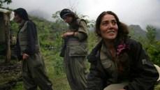 Tra le file delle milizie del Partito comunista curdo ci sono molte donne.