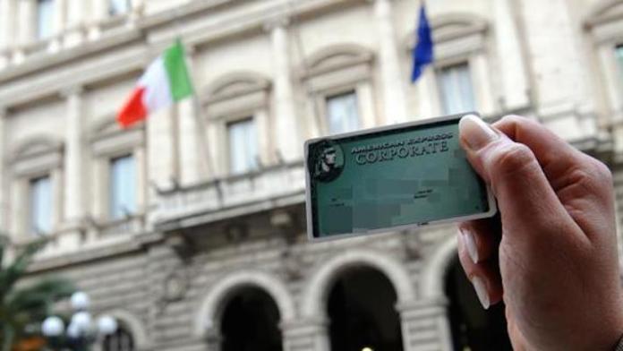 L'American Express è sotto processo a Bari per usura e truffa insieme alla Barcley's.