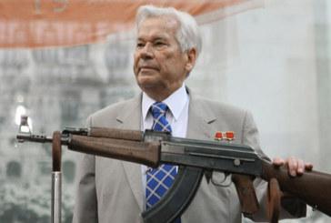 Nella fabbrica del Kalashnikov