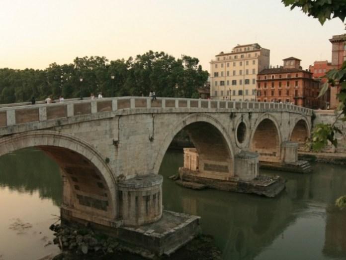 Ponte_Sisto_Rome-800x600