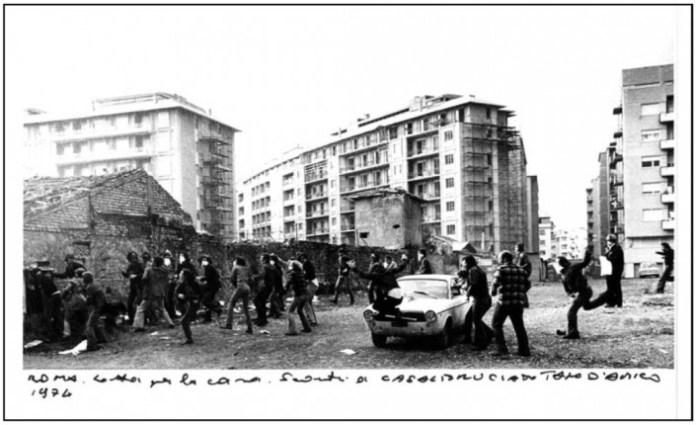 San Basilio 1974, quando il razzismo non esisteva nelle periferie romane [foto Tano D'Amico]