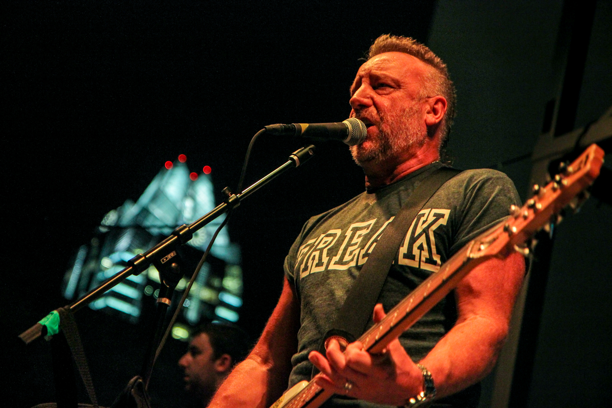 Peter Hook And The Light At The Belmont Live Review Pop