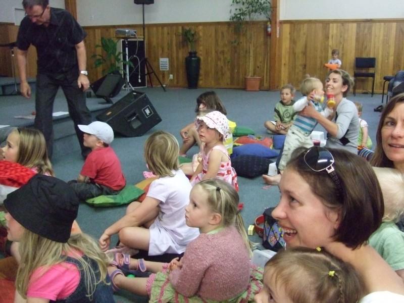 Singing carols & watching a Christmas puppet show