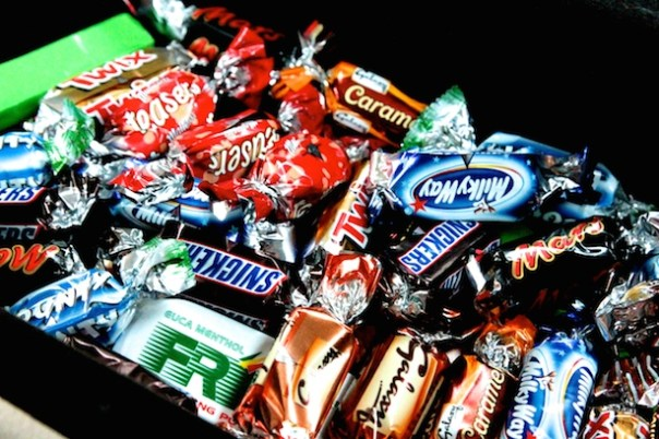 UBER taxi - sweets and chocolates in the arm rest