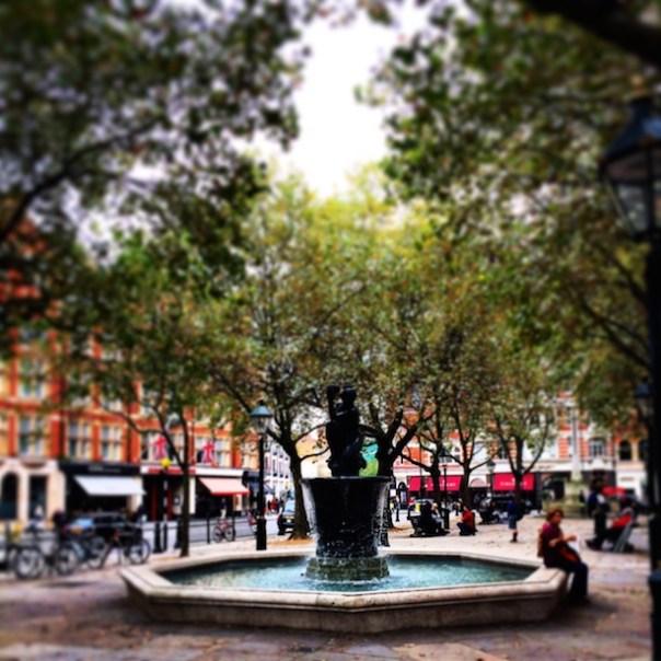 The fountain in Sloane Square