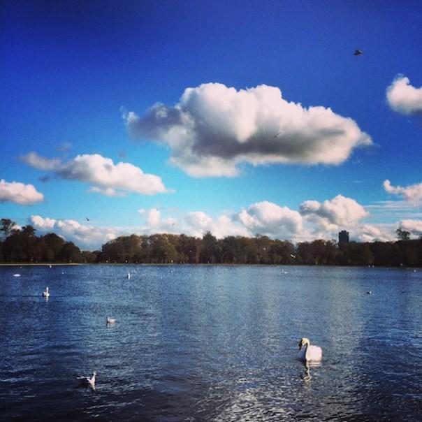 Running around the lake in Hyde Park