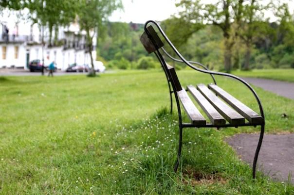 Bench-Grass