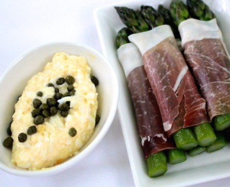Cured ham, asparagus and soft egg with caper mayonnaise
