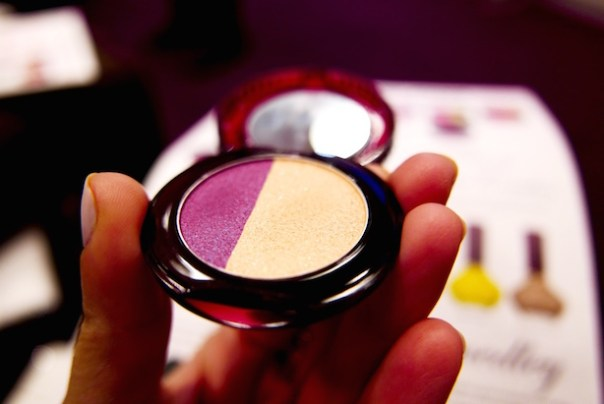 Eye colour Argentine Tango (003) - a complementary couple of deep plum and radiant gold