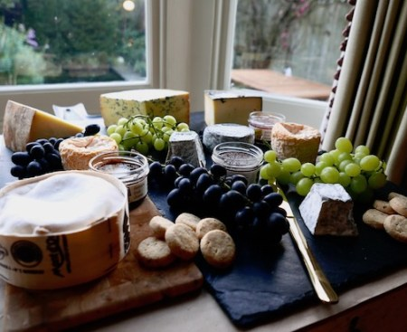 Ultimate-Christmas-Cheeseboard-Poppy-Loves-1