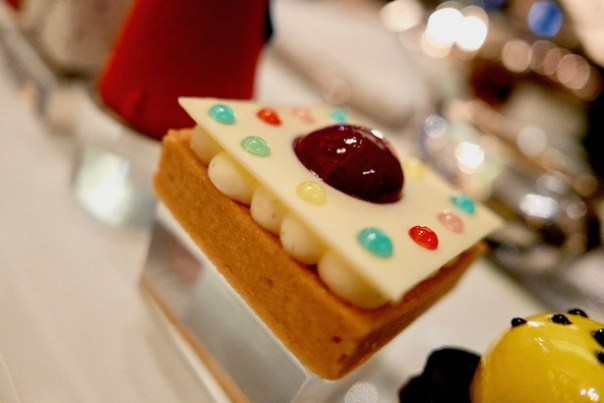 Afternoon-Tea-London-Rosewood-10