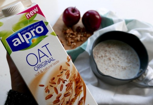 Porridge-Oat-Milk-Poppy-Loves-8