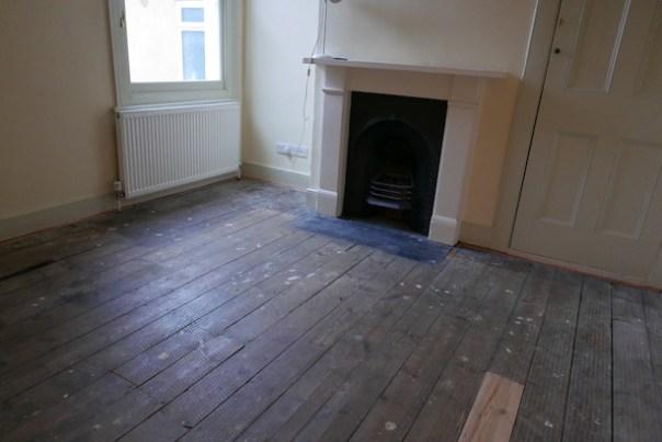 Restoring-Old-Wooden-Floors-17