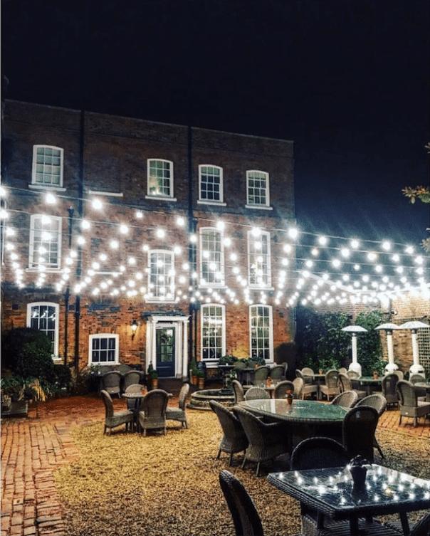 hotel-du-vin-winchester-courtyard