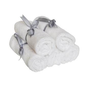 Bamboo cleansing cloth by Poppy Sloane - product photo